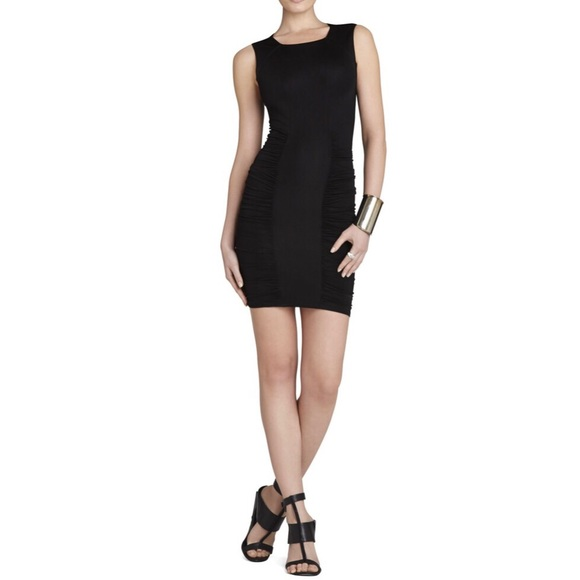 BCBGMaxAzria Dresses & Skirts - BCBGMAXAZRIA Renee Side-Ruched Center-Panel Dress